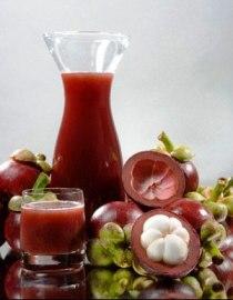 Сок Ксанго в стакане